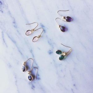 Tiny Oval Glass Earrings (4 kleuren)